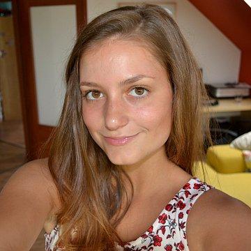 Anna Hozmanová
